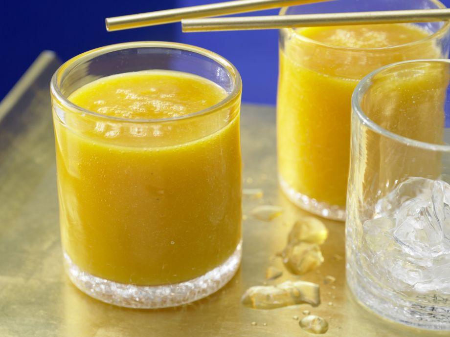 Papaya-Mango Shake - Papaya-Mango Shake - Tropical-fruit dream with abundant vitamins