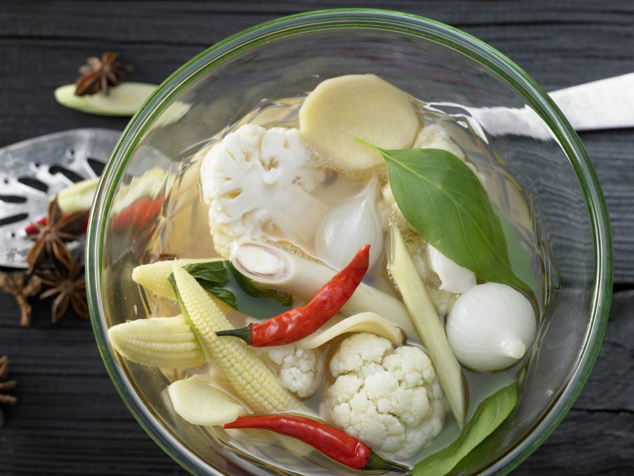 Pickled Cauliflower - Pickled Cauliflower - Spicy, Asian-style pickled vegetables
