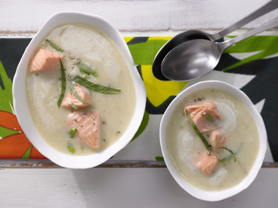 Potato Soup with Salmon - Potato Soup with Salmon - If you want to be a foodie, you can practice here with breakfast