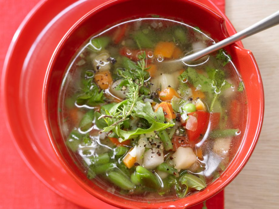 Quick Minestrone - Quick Minestrone - Fast Italian Food: This super light vegetable soup takes only 30 minutes!