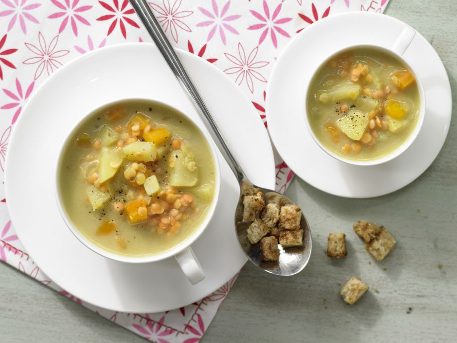 Red Lentil Soup with Croutons - Red Lentil Soup with Croutons - Appetizing contrast between creamy soup and crispy garnish