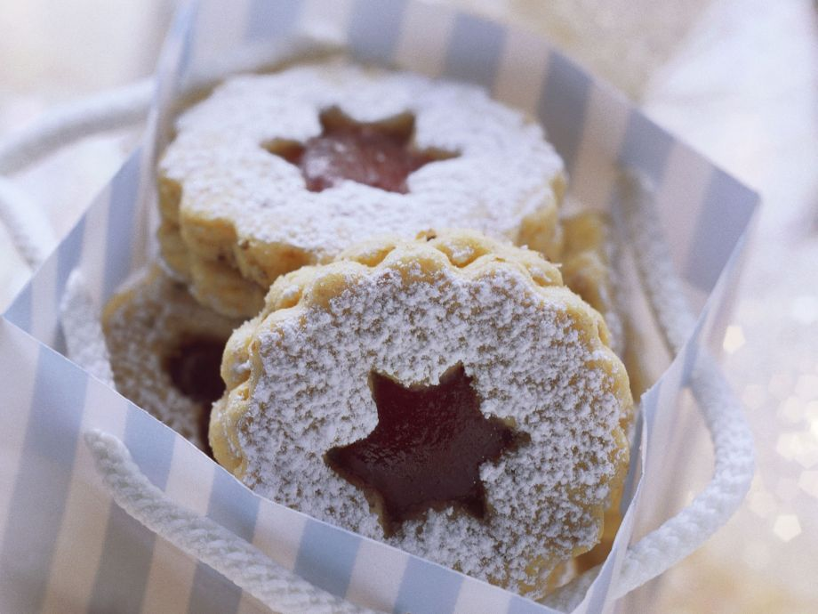 Redcurrant jelly cookies