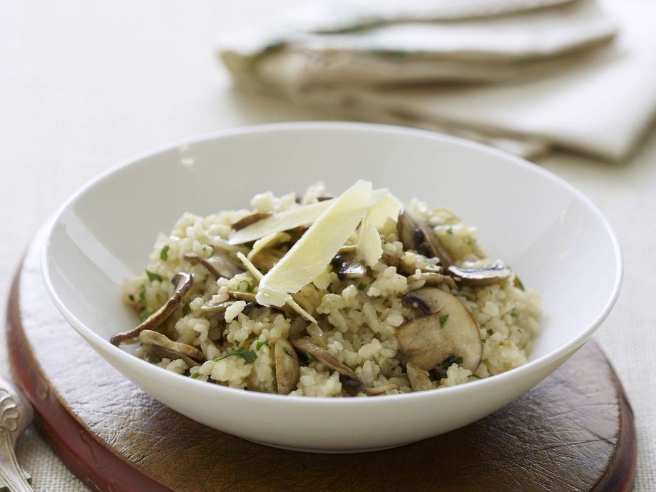 Risotto with Mushrooms - Risotto with Mushrooms - An always tasty combination: crunchy mushrooms and earthy rice.