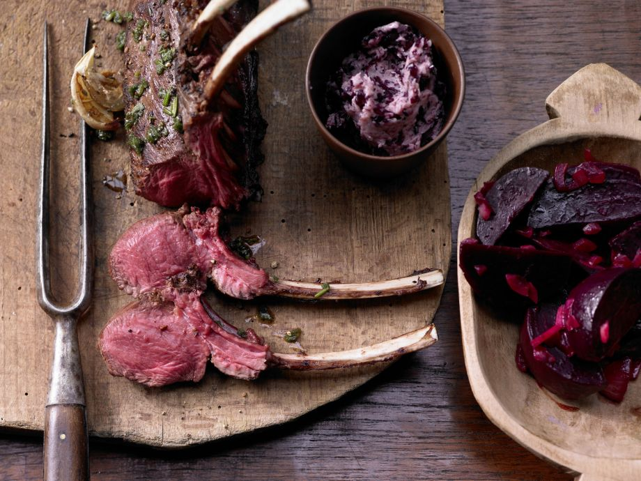 Roast Rack of Venison - Roast Rack of Venison - Venison with aromatic spices seduces the senses