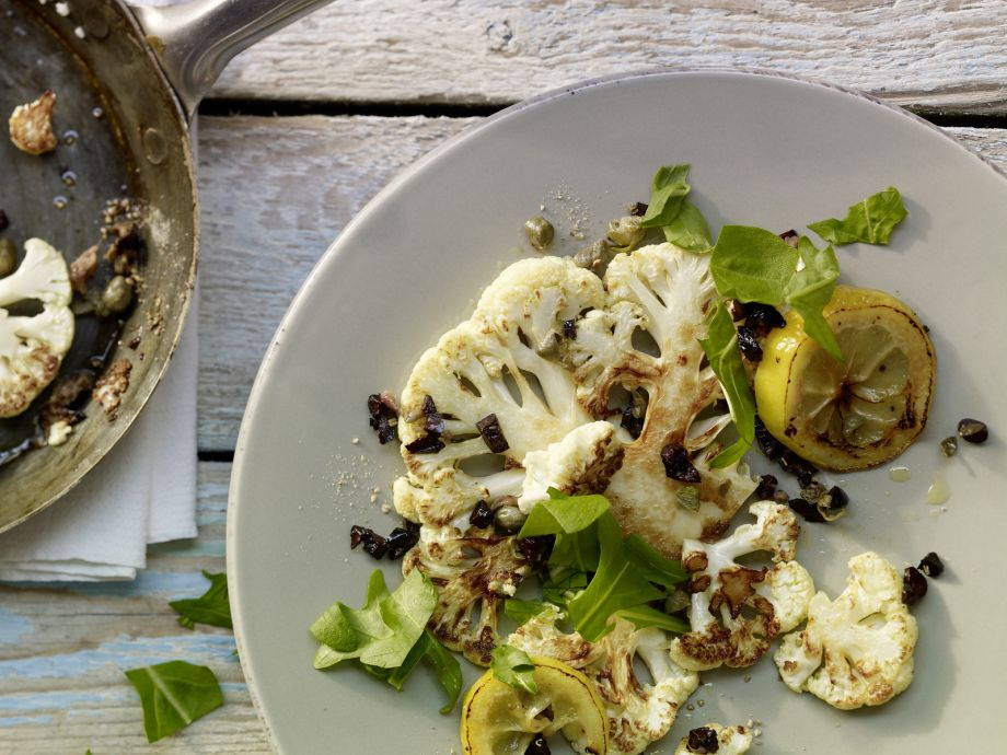 Roasted Cauliflower - Roasted Cauliflower - Quick as a flash and irresistibly spicy