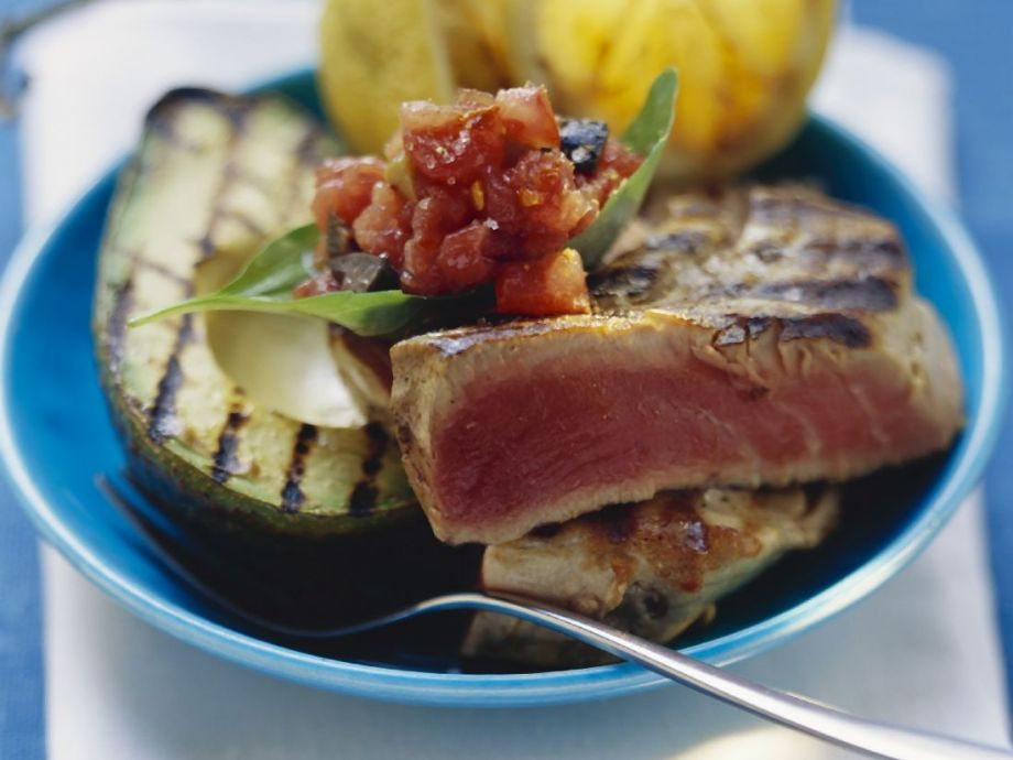 Seafood Recipe: Simple Pan Seared Tuna - 12 Tomatoes