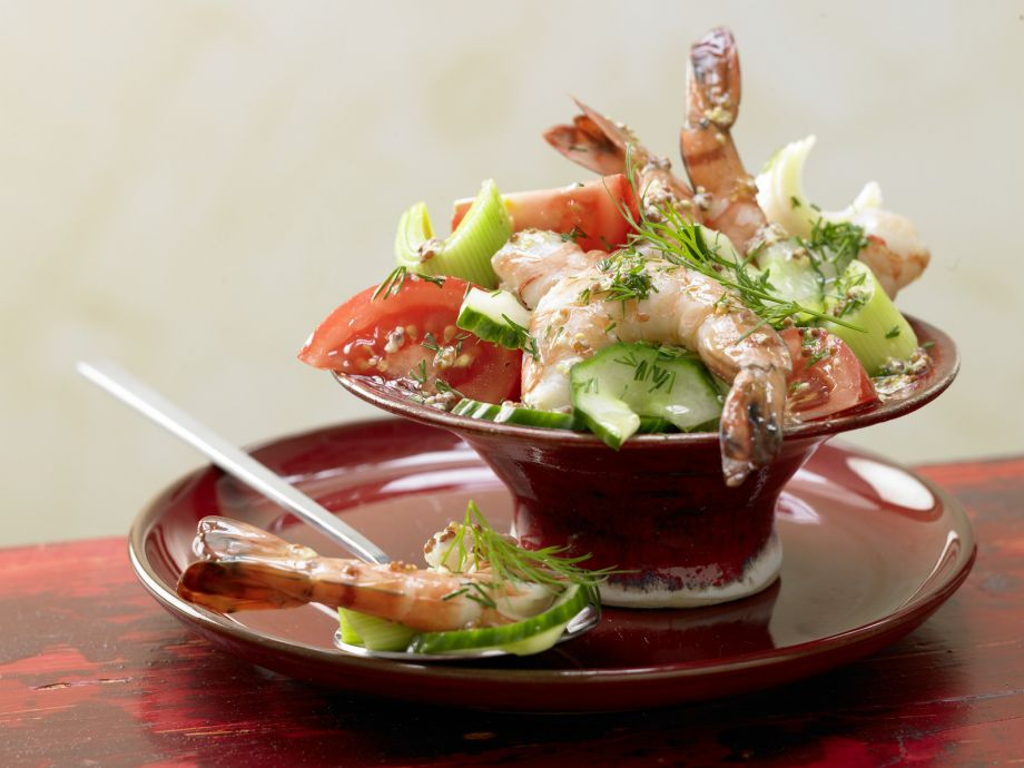 Shrimp and Vegetable Salad - Shrimp and Vegetable Salad - Crunchy competition for the classic shrimp cocktail