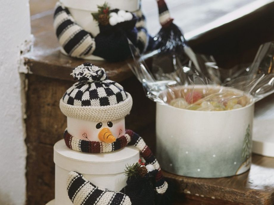 Snowmen Gift Boxes With Candies