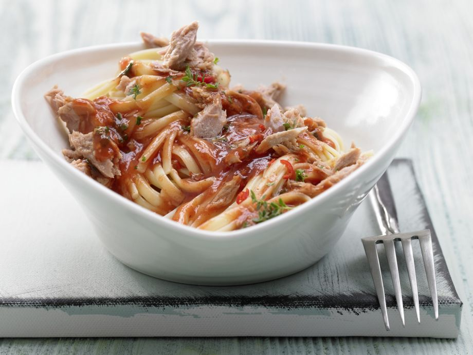 Spicy Tomato Tuna Pasta - Spicy Tomato Tuna Pasta - As simple and tasty as you'll find in an Italian Trattoria