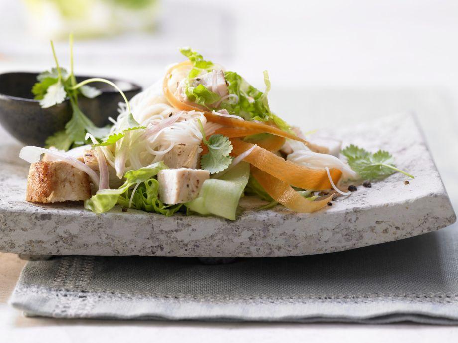 Thai Chicken Salad - Thai Chicken Salad - An effortless Southeast Asian dish