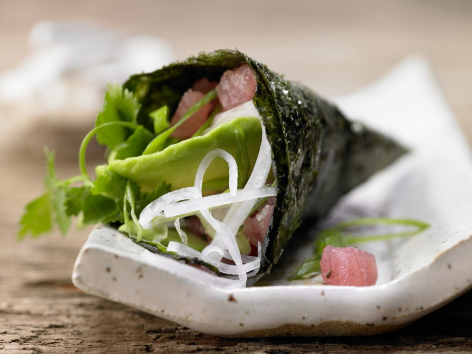 Tuna Tartare Hand Rolls - Tuna Tartare Hand Rolls - Fresh Japanese-style seafood to nibble on