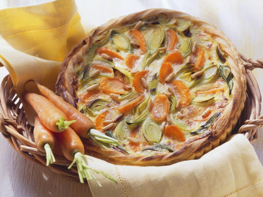 Vegetable and pignoli pie