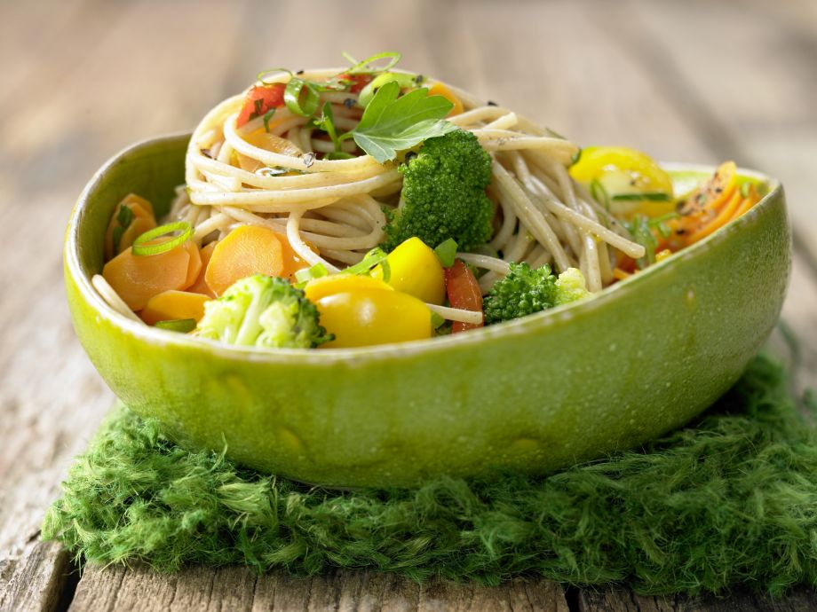 Vegetable Spaghetti - Vegetable Spaghetti - Colorful, warm and fresh - like a sunny day in spring