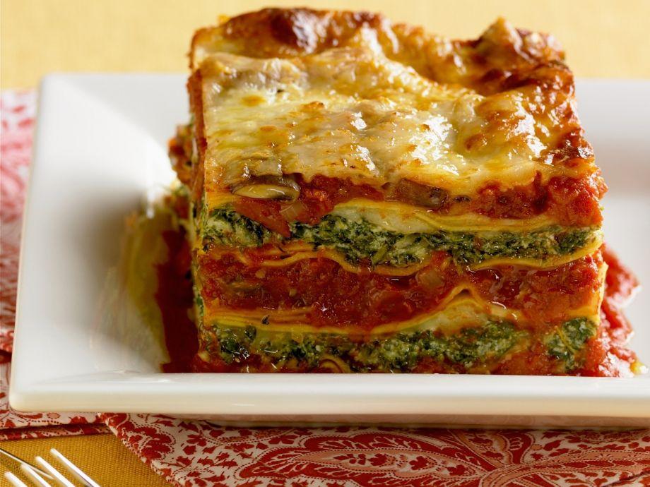 Vegetarian layered pasta bake