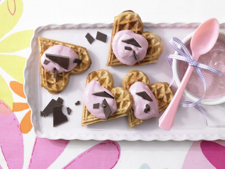 Waffle Hearts - Waffle Hearts - Sweet snacks fresh from the waffle iron