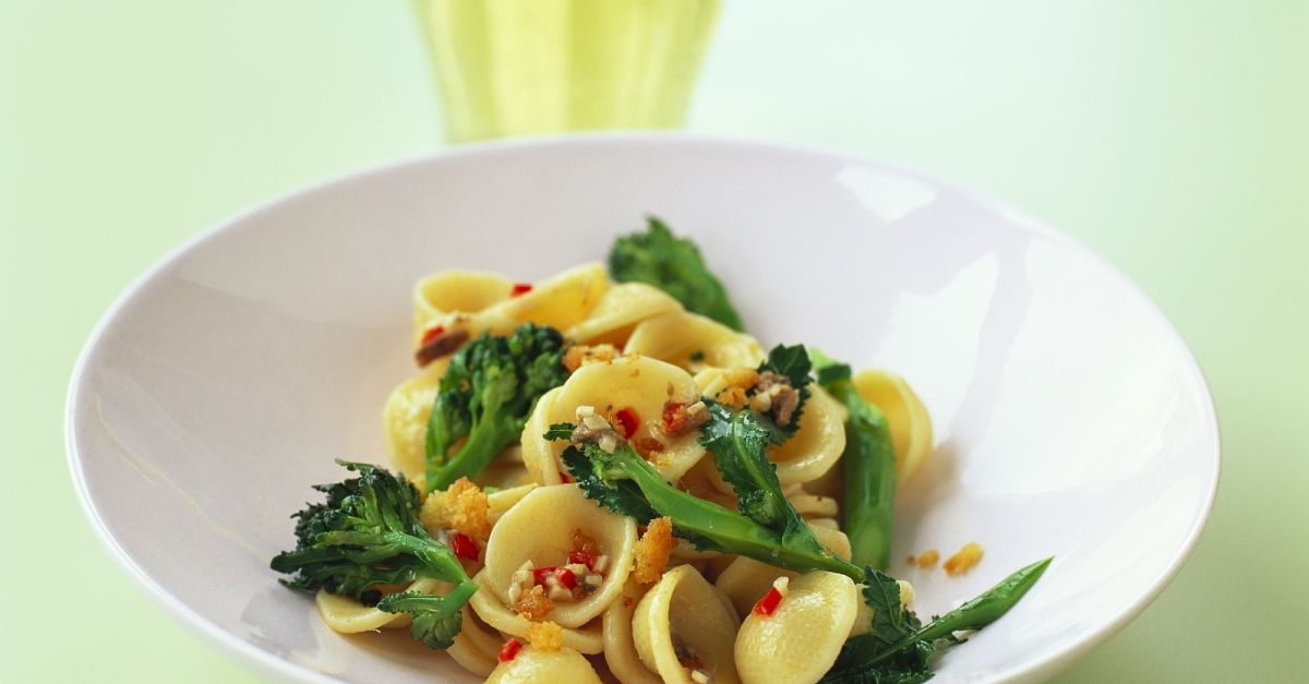 broccoli and chilli pasta recipe eat smarter usa