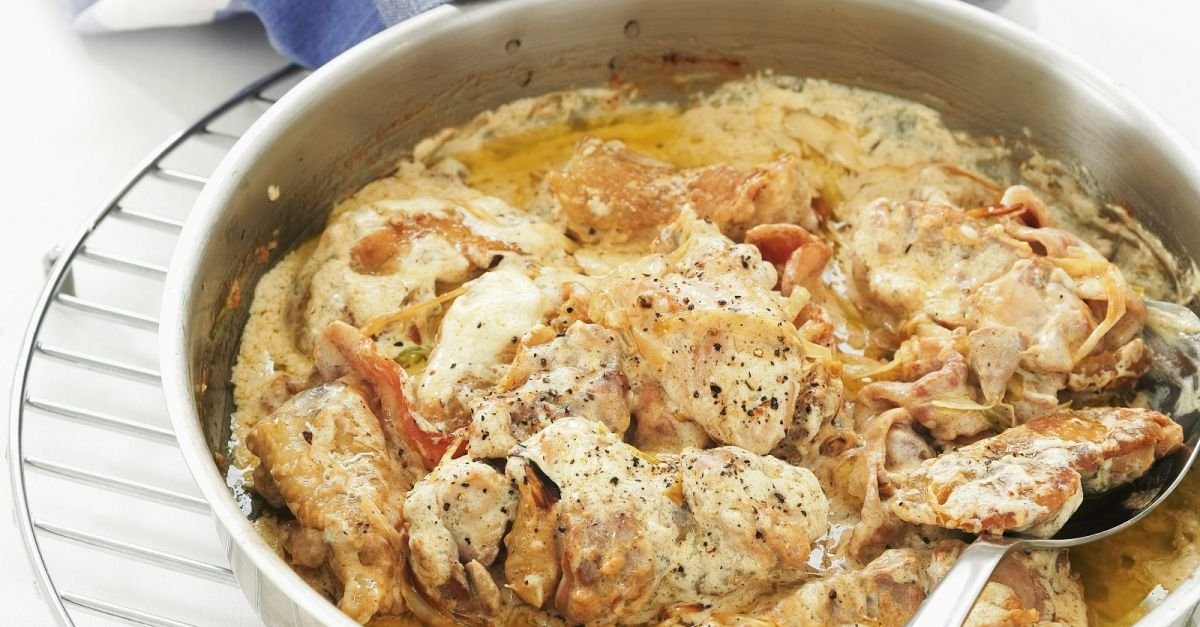 Chicken With Crme Frache And Bacon Recipe Eatsmarter