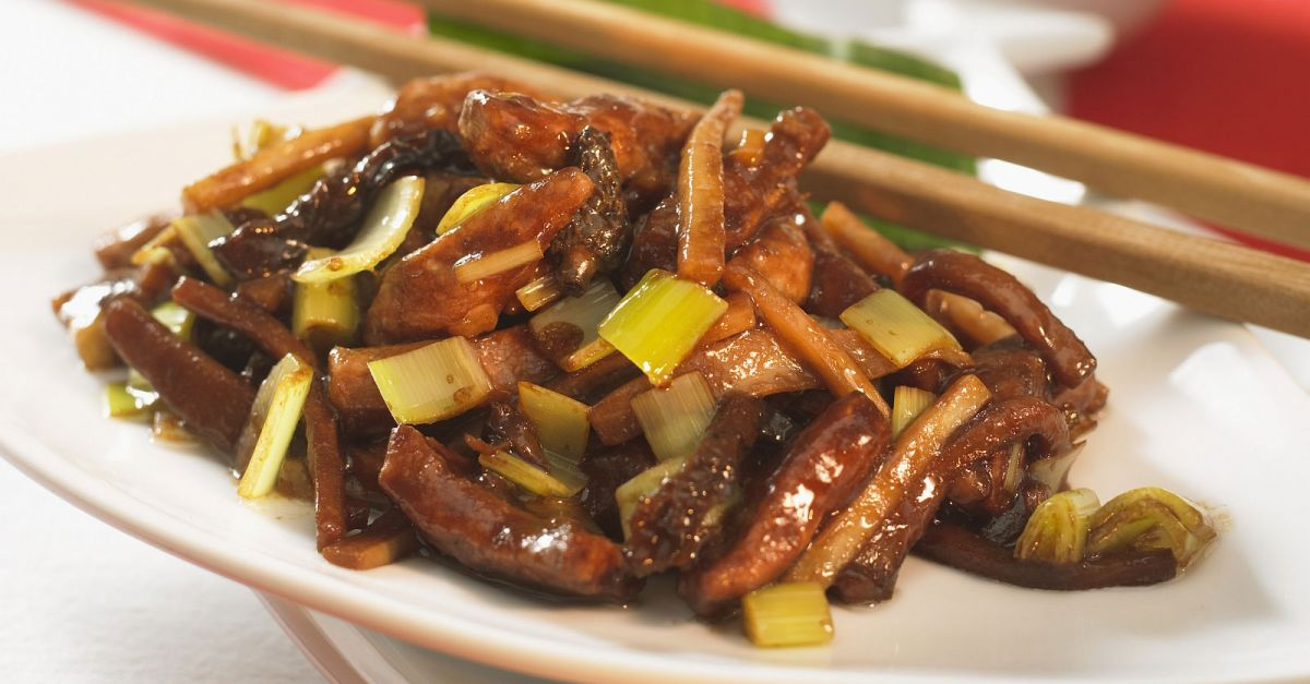Chinese Pork Stir-Fry with Morels and Leeks