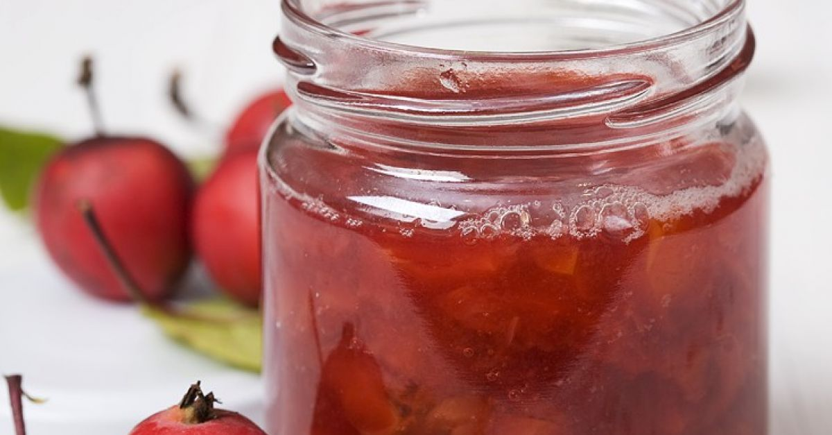 Open a Jar of Sunshine: Jalepeno Crab Apple Jelly and Chutney