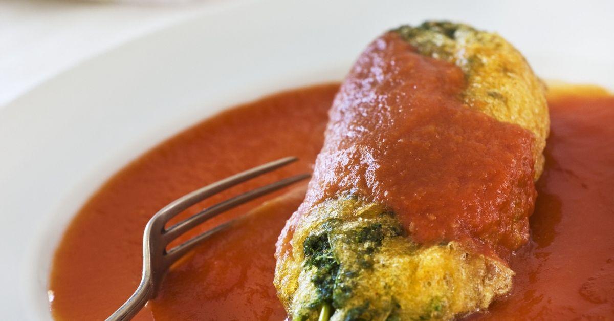 Huauzontle Roll With Tomato Sauce Recipe Eatsmarter