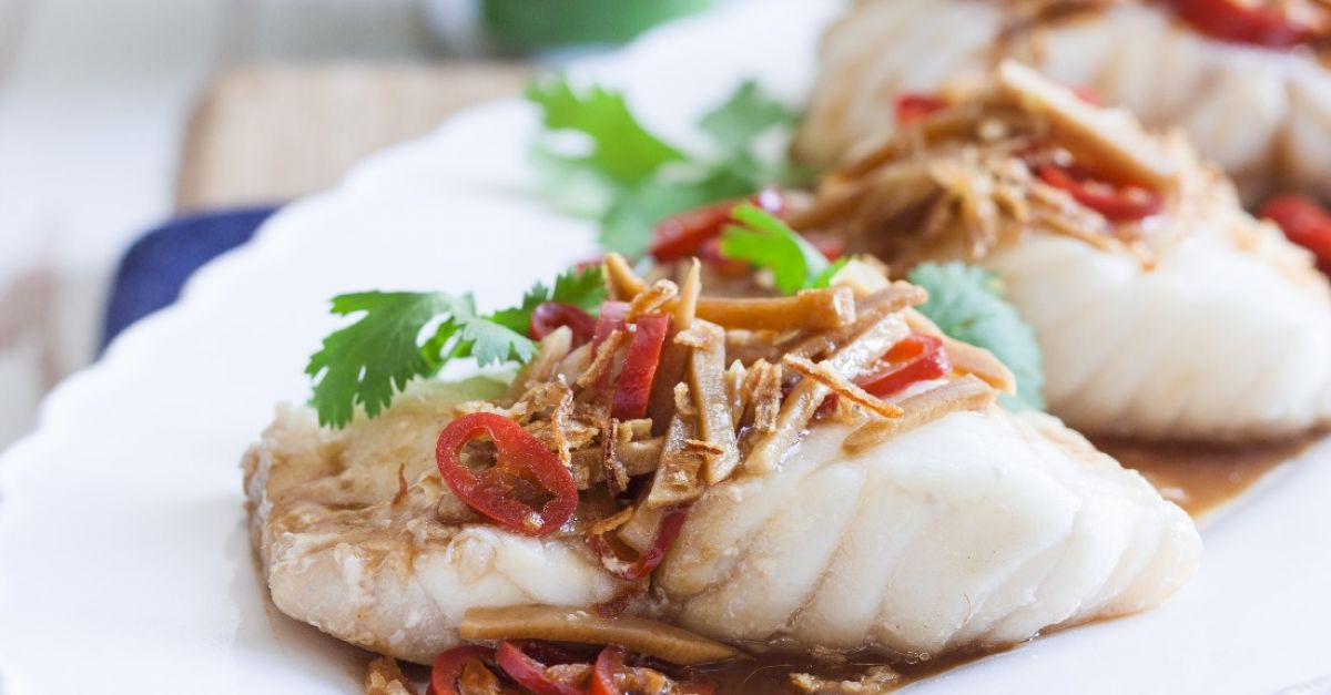 Monkfish Fillets With Spicy Sauce Recipe Eatsmarter