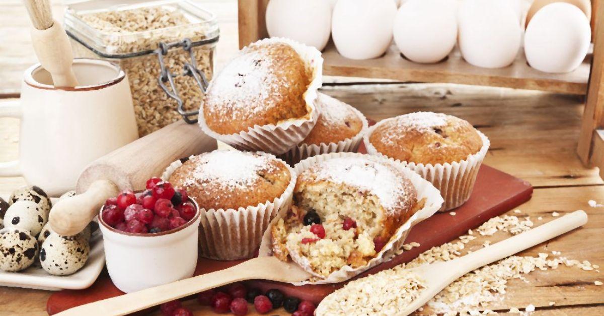Oat, Berry Winter Muffins recipe | Eat Smarter USA