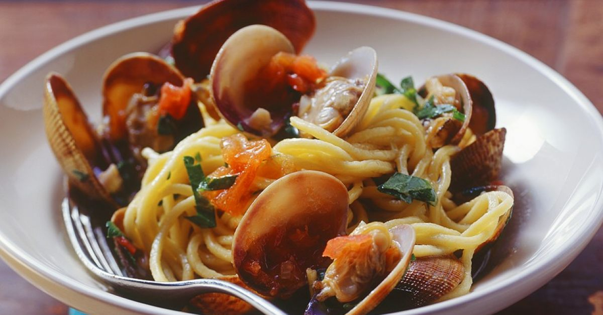Spaghetti Alle Vongole recipe | Eat Smarter USA