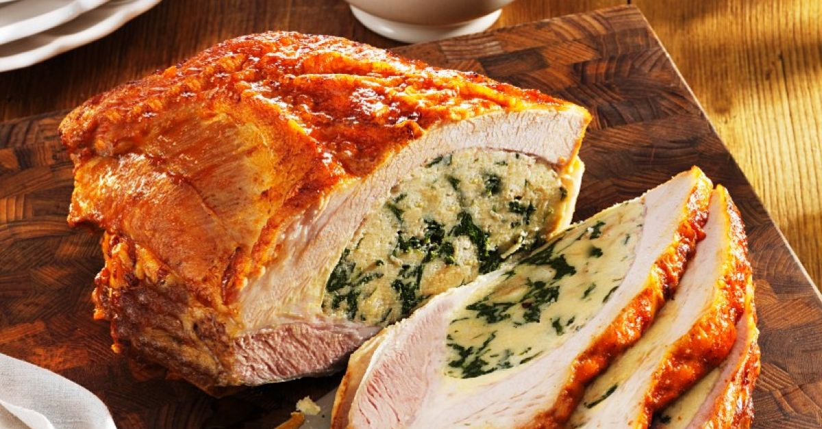 Veal breast stuffed with spinach Recipe | EatSmarter