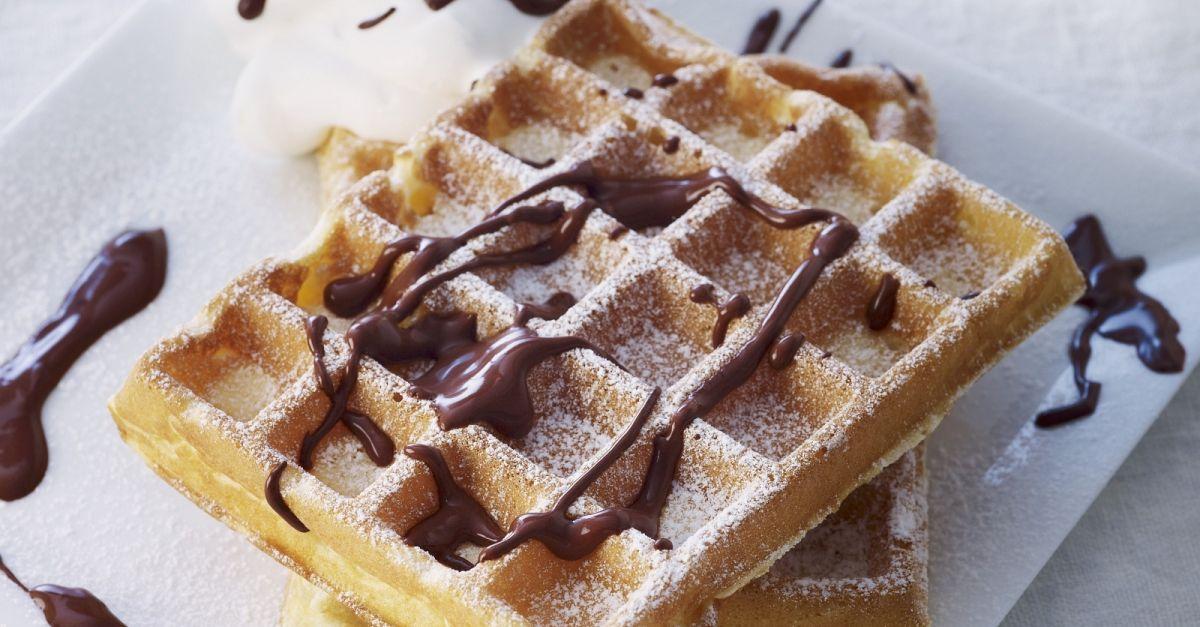 Waffles With Chocolate Sauce Recipe