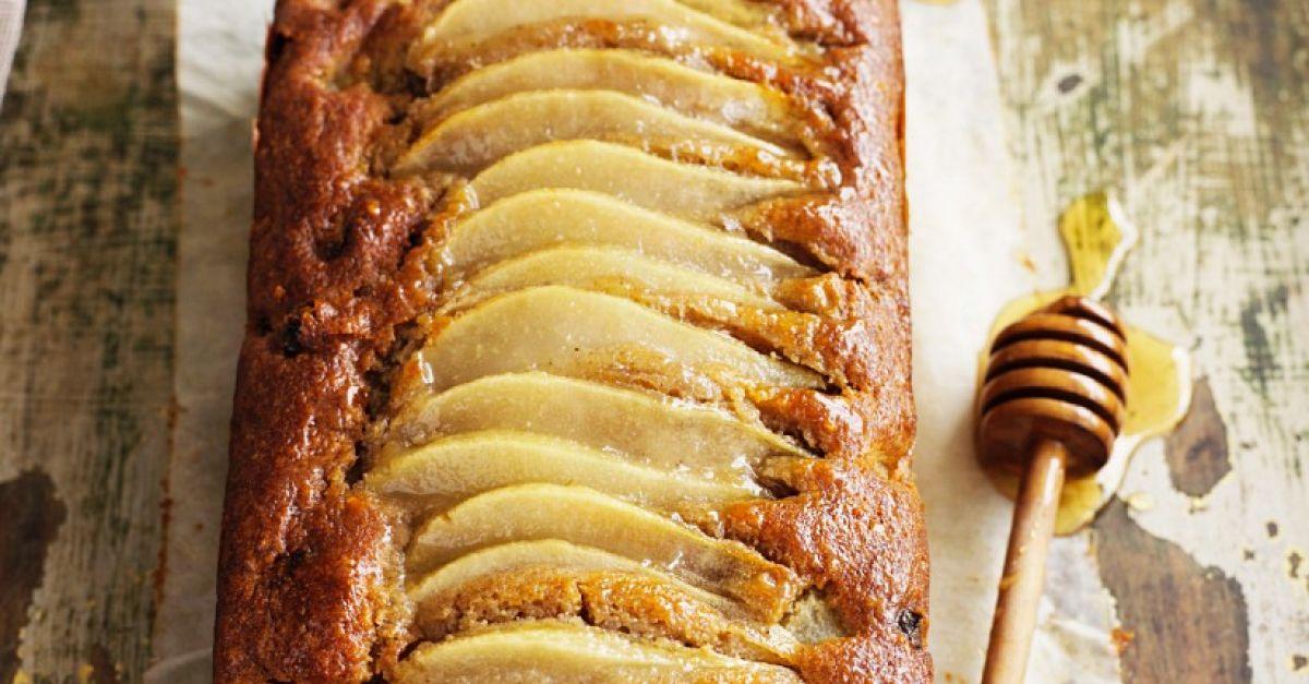 Walnut Pear Cake