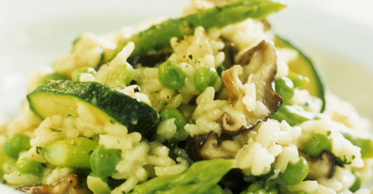 Zucchini Risotto with Peas recipe | Eat Smarter USA