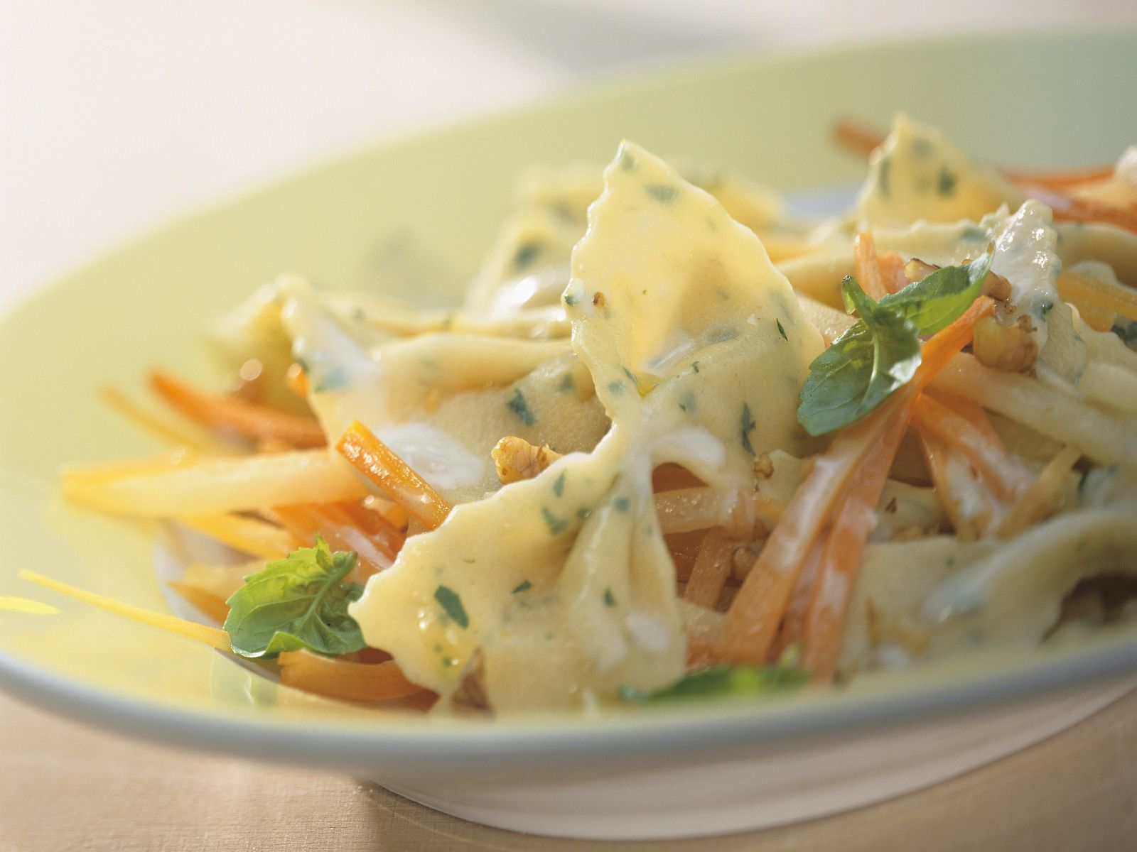 Herb Pasta With Carrots Kohlrabi And Gorgonzola Sauce Recipe Eat Smarter Usa