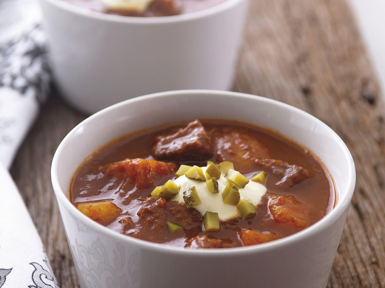 Hungarian Goulash Soup Recipe Eat Smarter Usa