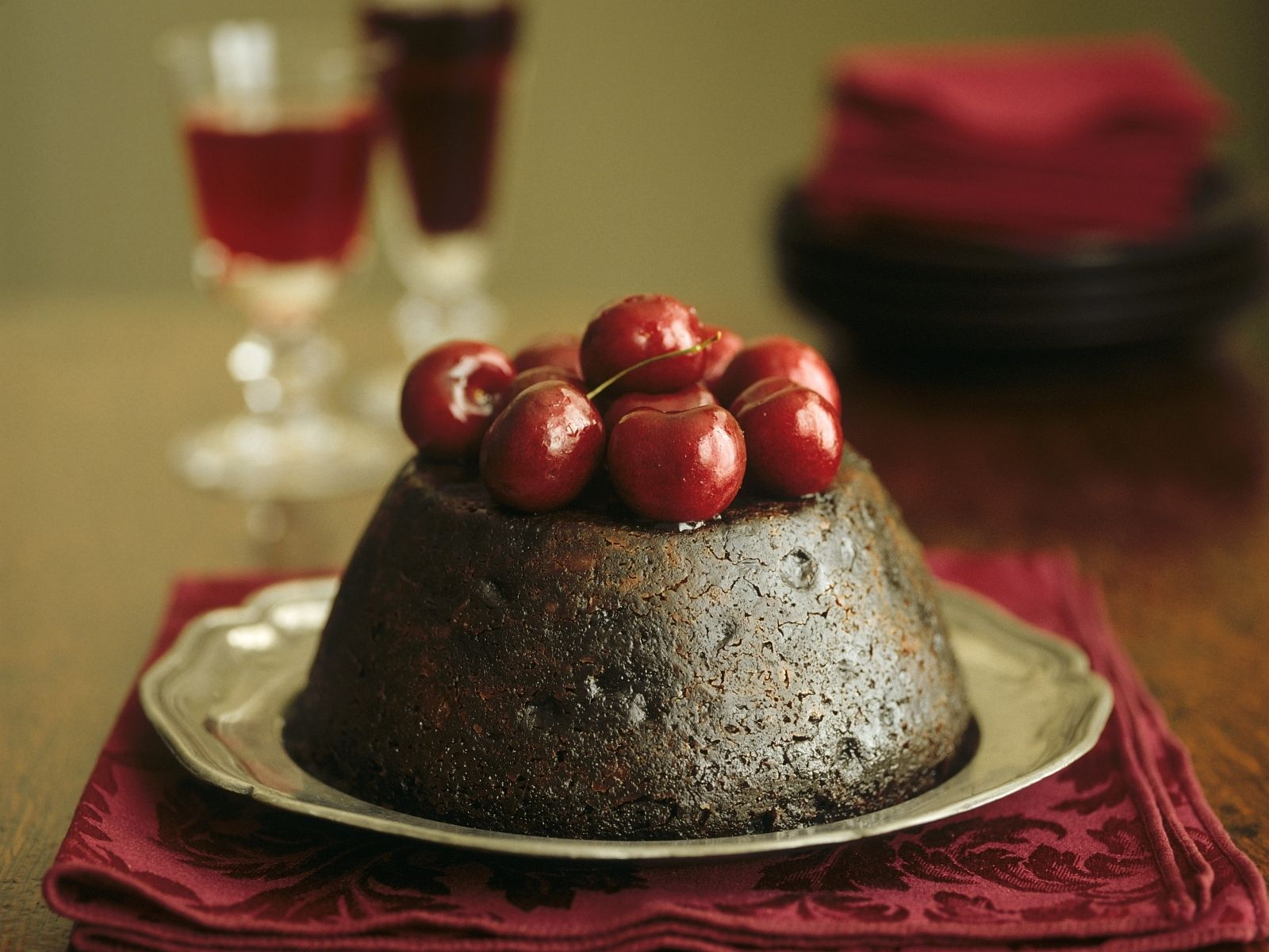 Old fashioned christmas plum pudding 83