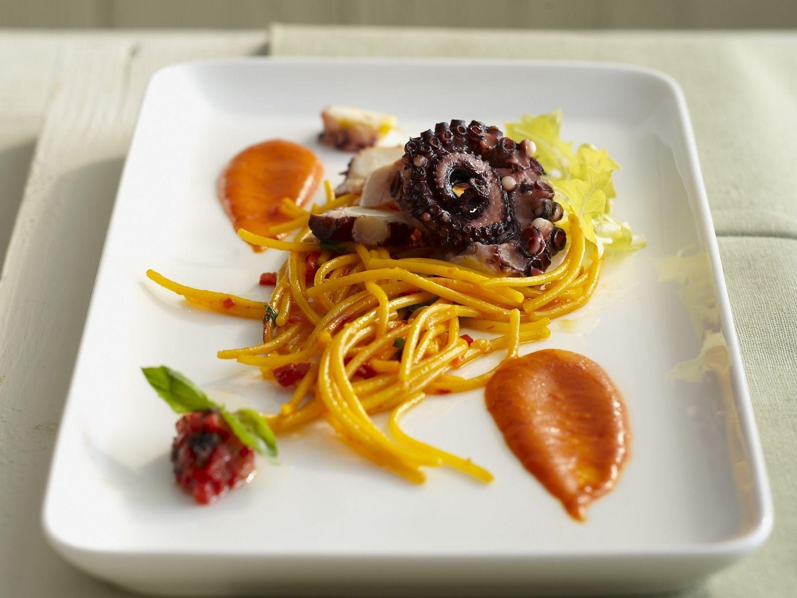 Pasta with Saffron and Octopus recipe ...