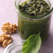 Pesto mit Walnüssen-Rezepte