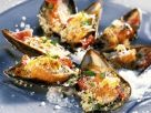 Broiled Mussels with Pecorino Crumbs recipe