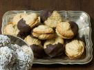 Chocolate-Coated Sandwich Cookies with Marmalade recipe