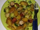 Fried Potatoes with Sprouts recipe