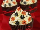 Gourmet Decorated Cakes with Baubles recipe