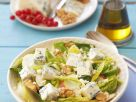 Leafy Salad with Blue Cheese, Pears and Walnut recipe