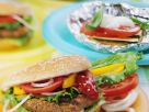 Pan-Fried Hamburgers with Summer Vegetable Parcels recipe