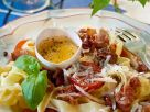Ribbon Pasta with Bacon and Cheese recipe