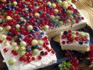 Sour Cream Cake with Berries recipe