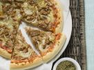 Tuna and Onion Pizza recipe