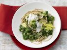 Whole-Grain Pasta with Green Sauce recipe